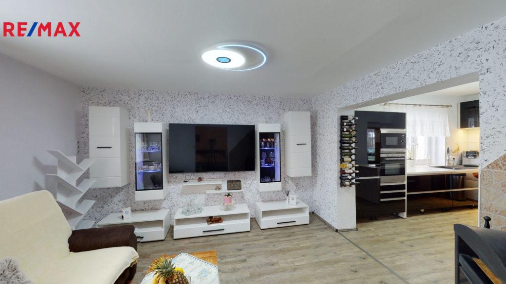 PRODÁNO | Prodej bytu 2+kk, 59 m², Niměřice