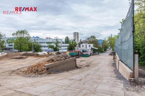 Prodej pozemku 2233 m², Praha 10 - Strašnice